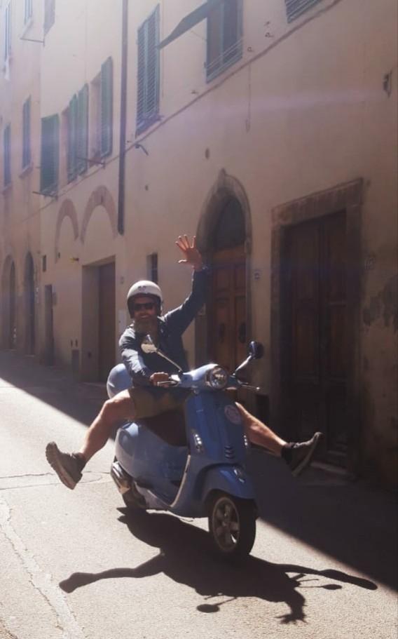 Crazy vespa in tuscany