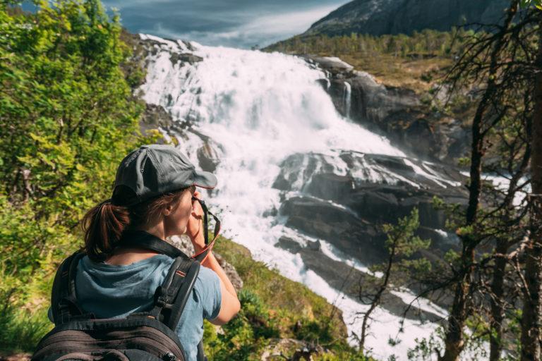 De belles chutes d'eau sur le Hardangervidda
